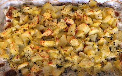 Kartoffelauflauf mit Räucherlachs und Dill