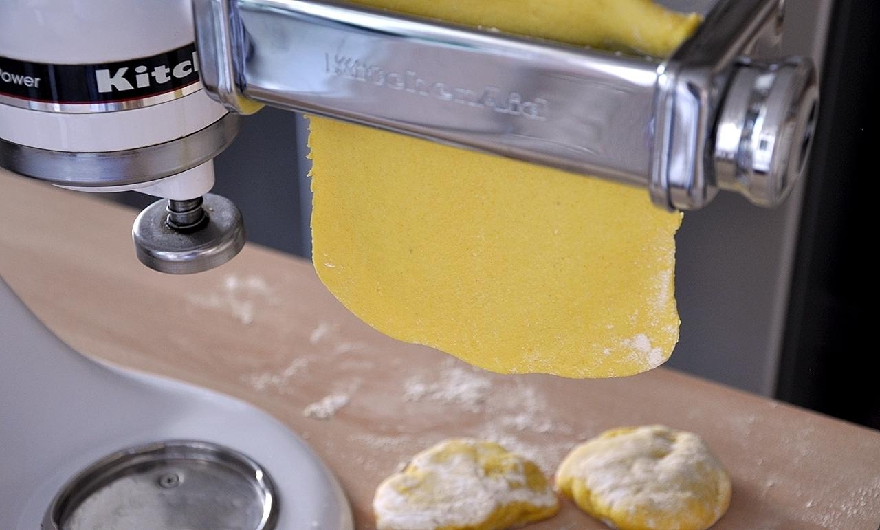 Gelber Pastateig