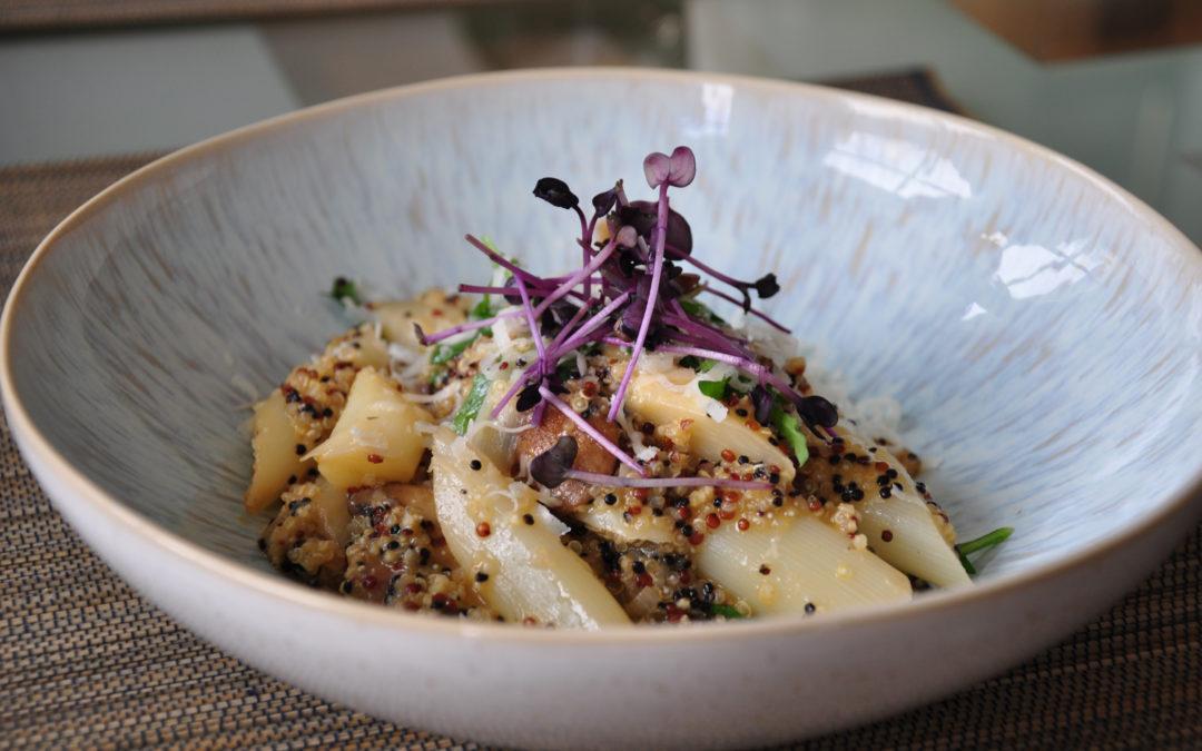 Quinoa-Risotto mit Spargel