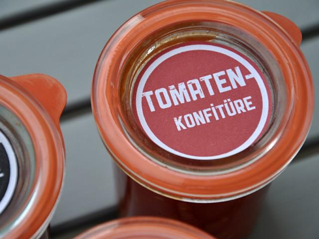 Tomaten-Konfitüre mit Pfirsich & Chili