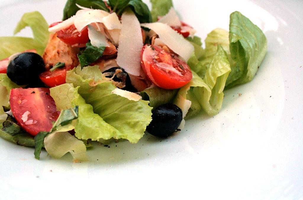 Ciabatta-Tomaten-Salat mit Huhn